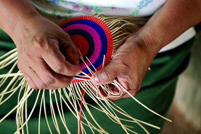 bolivian-handicrafts.jpg